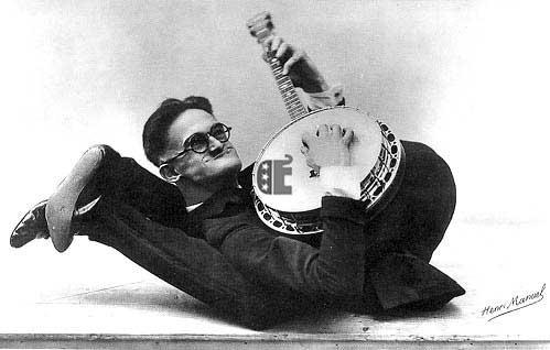 Weird Banjo Pic copy